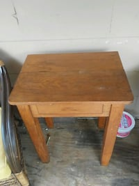 brown wooden single-drawer end table Baltimore, 43105
