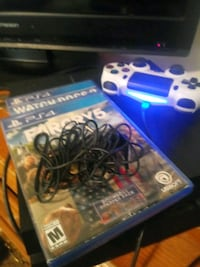 Ps4 dual shock controller 2 games mic Clarksville, 47129