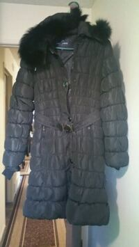 black and gray button-up bubble jacket Calgary, T3G 1J7