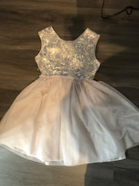 Girls size 14 dress  fits like a size 12 Edmonton, T5A 3G7