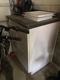 Kitchen cabinet with counter top