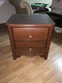 brown wooden 2 drawer nightstand Toronto, M3K