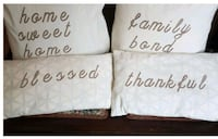 4 PC decorative pillows.  Whitby, L1N 8X2