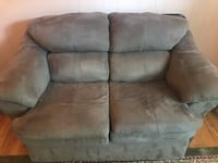 Love Seat Recliner coffee table good condition. Got new furniture Wilmington, 19810
