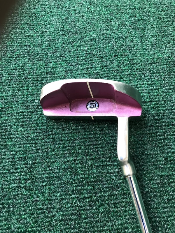 Woman's Square Two Light & Easy 1912 Golf Putter with New Grip c91f5725-f872-4b7c-a06a-aae96c03151f