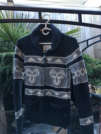 SIZE SMALL TNA SWEATER $15 Coquitlam, V3K 4A4