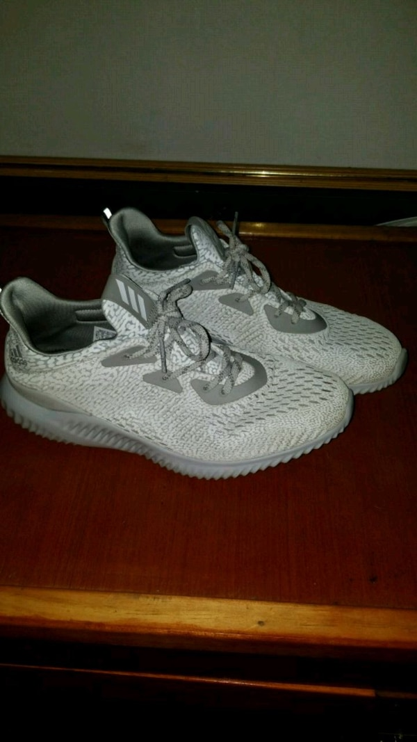 02b1f01102d1 Used pair of gray Adidas basketball shoes for sale in Loudonville - letgo