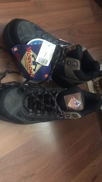 Work boot Steel Toe shoes build in Abbotsford, V2S 3N7