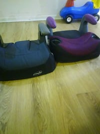 Car seat in great condition 10$ each Toronto, M9W 6K8