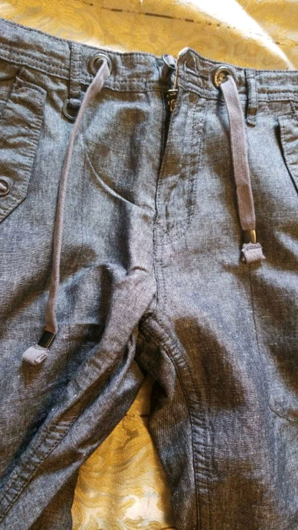 Guess pants mens size 29 but could fit waist 30 and new  8373a588-6357-4134-976d-0f337e5ecce6