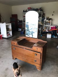 brown wooden dresser with mirror Robstown, 78380