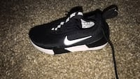Size 11 never worn Nike ashin both shoes included  Fort Washington, 20744