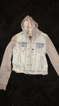Size large (made small) Dollard-des-Ormeaux, H9A 1V5