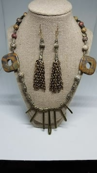 Brown and Green Necklace Set