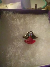 Angel pin Forest Lake, 55025