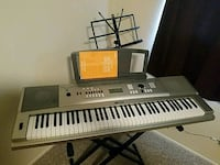 Yamaha DGX 230 YPG-235 keyboard with stand  Chico, 95973