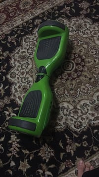 Green hover board with charger  Toronto, M1G 1E1