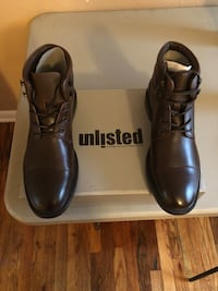 pair of black leather dress shoes with box Tallahassee, 32301
