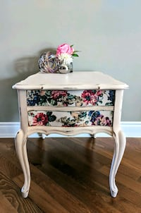 French Provincial Accent Table Orangeville, L9W 4K3