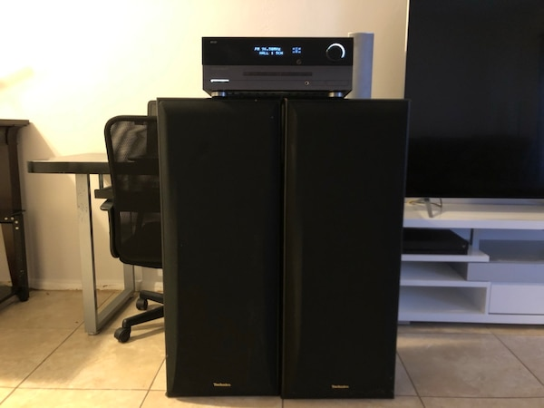 Harman Kardon AVR 154 Receiver Great little surround sound receiver No  issues whatsoever