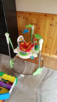 white and green jumperoo Milton, L9T 2Z4