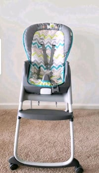High Chair 3 in 1 Ingenuity Trio Fairfax, 22030