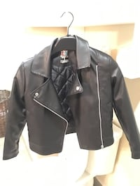 black leather zip-up jacket Laval, H7W