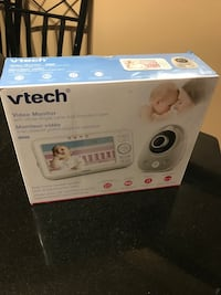 VTech® VM352 - Full Colour Video Monitor with Wide Angle Lens and Standard Lens  Mississauga, L5B