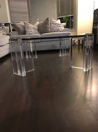 Glass top lucite table cocktail New York, 10465
