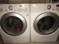 White front-load washer and dryer set East Gwillimbury, L9N