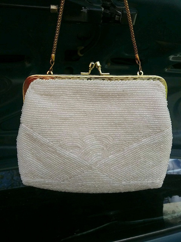cf391a162402 Used White beaded purse for sale in Fremont - letgo