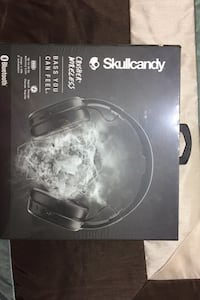 BNIB skull candy crusher wireless headphones under 1 year warranty. Vancouver, V5X 2K2