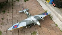 RC FMS 1400mm Spitfire Warbird Plantation