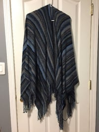 Women's Poncho New Westminster