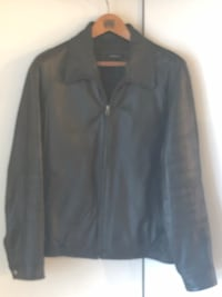Men leather jacket- great condition xL 25 km
