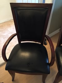 black leather padded rolling chair Toronto, M6N 2B1