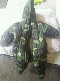 Brand New green and black snow suit  Toronto, M6S 4W6
