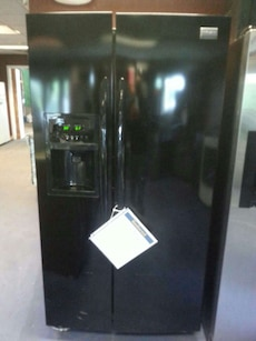#1455 black Frigidaire 26 cubic foot side-by-side