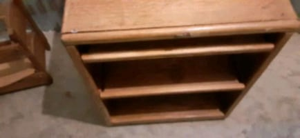 Cabinet an pull out lab top drawer.