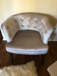 Faux Velvet Tufted Back Chair San Diego, 92122