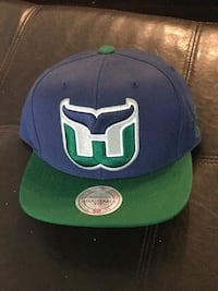 blue and green New York Yankees fitted cap Milton, L9T 0R6