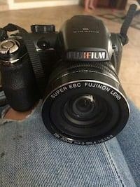 black Fujifilm DSLR camera body Lake Wales, 33898