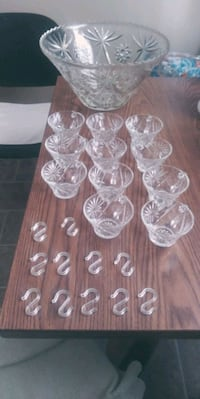 Glass punch bowl set Indianapolis, 46218