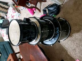 3 pc first act drum set