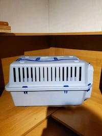 Cat / Dog Carrier with wheels Edmonton, T5S 1T5