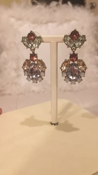 Anthropologie pastel colours, earrings North Vancouver, V7R 3W8
