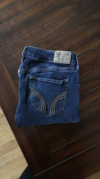 Hollister jeans- size- 5 regular Charles Town, 25414