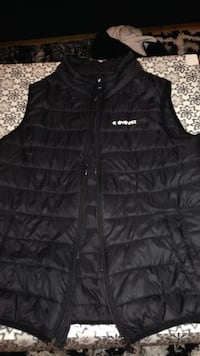 svart bubbla zip-up vest Mölndal, 431 47