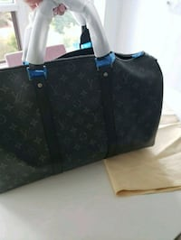 LOUIS VUITTON BLACK LEATHER TOTE BAG Mississauga, L5B 3C8