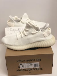 Brand New Yeezy 350v2 Cream White sz 9.5, 11 26 km